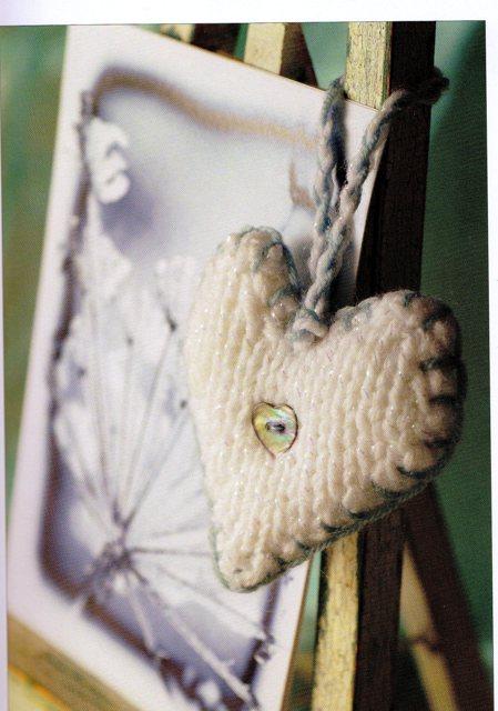 4_20-to-make-mini-christmas-knits-2 - Valerie Nesbitt - valerie