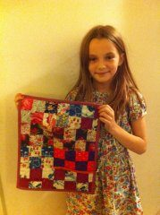 Anna_and_her_quilt.jpg