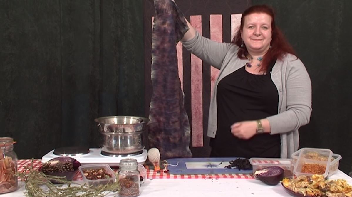 Steaming tulip petals with Angela Daymond