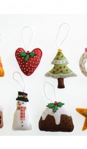 'Tis the Season Christmas Decorations pattern designed by Sue Trangmar