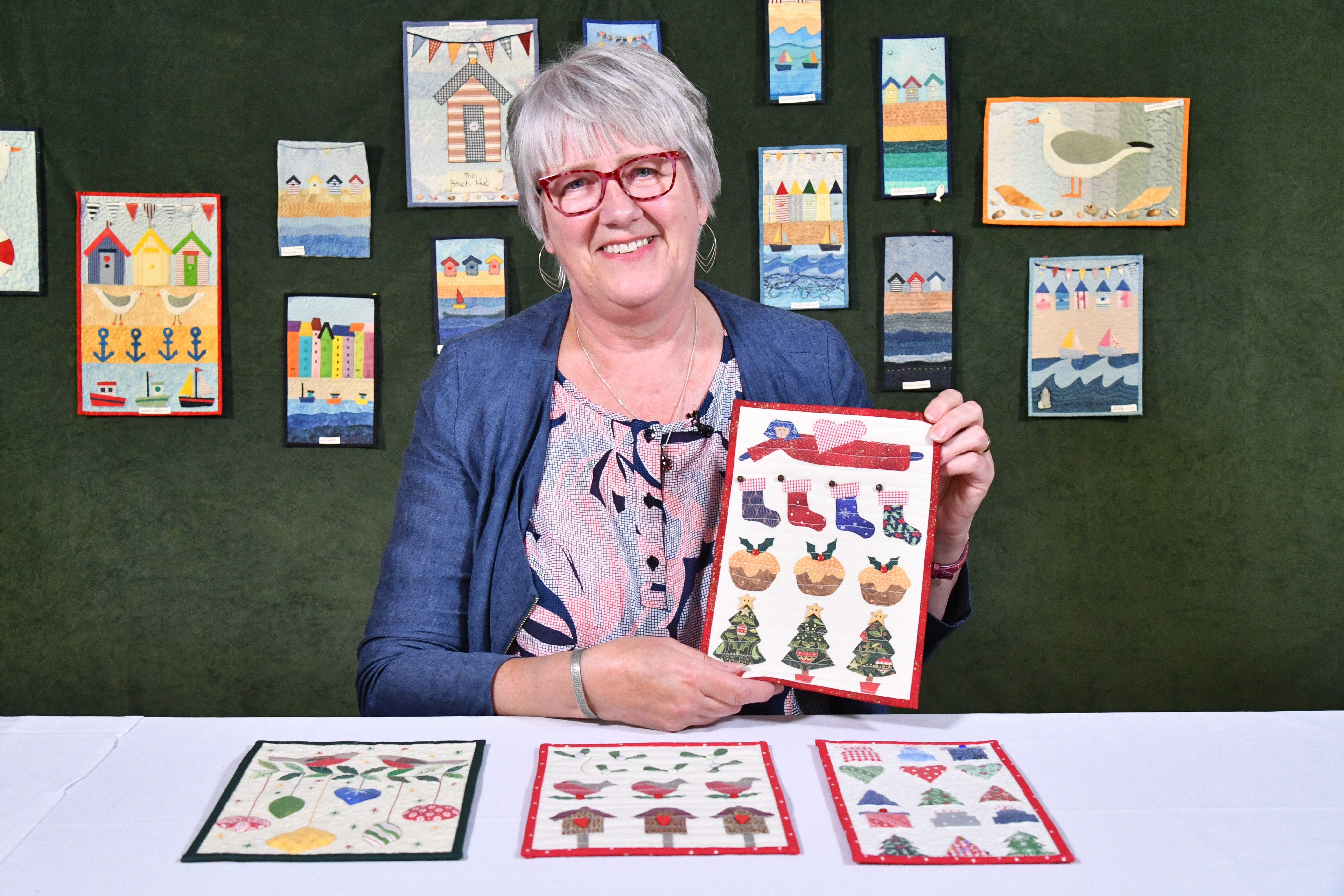 Julia Gahagan, Miniature Quilts, Christmas, retreat