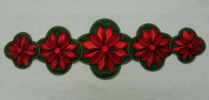 POINSETTIA CHRISTMAS HANGING & TABLE DECORATION SEWING PATTERN by Gail Penberthy