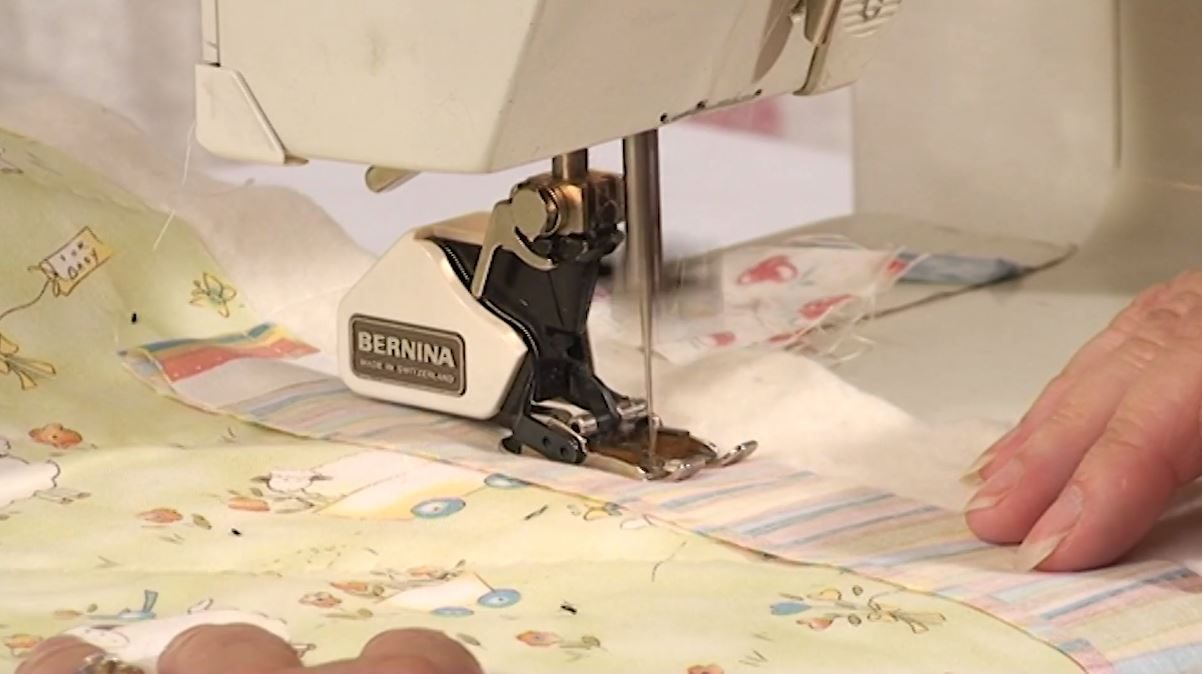 Binding your quilt with Mitred Corners