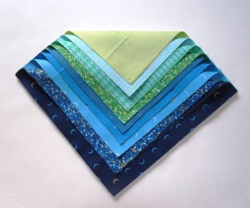 Libs Elliot Layer Cake in blue,turquoise (18 squares)