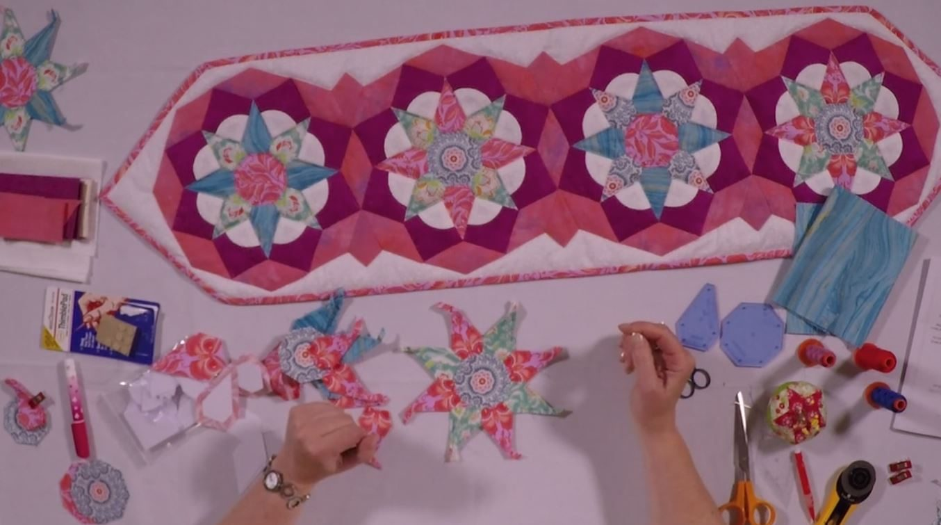 Tudor Rose Table Runner - Part 1 -with Nancy Adamek