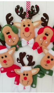 """"""" Heads Up"""" It's Christmas Wreath 2 with Reindeer pattern by Gail Penberthy"""